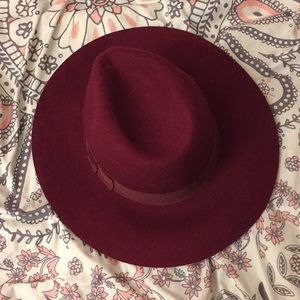 Red/maroon hat